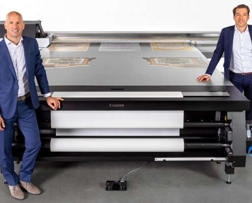 Dirk Brouns, Vice President, Large Format Graphics and Martijn van Hoorn, Senior Vice President Research & Development at Canon Production Printing